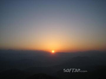 Mountain Sunrise Screensaver Screenshot 2