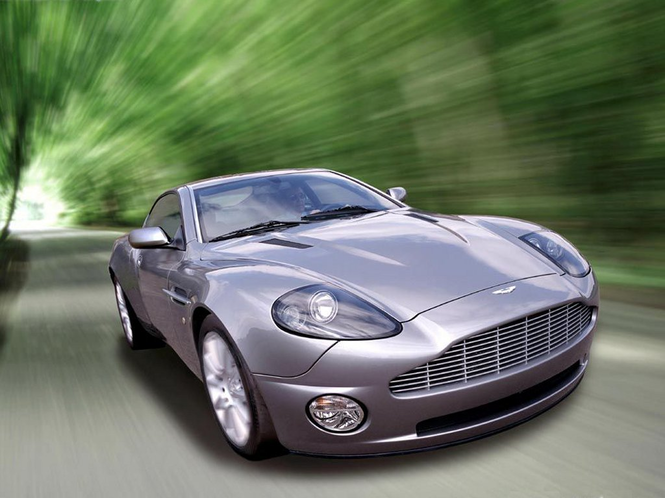 Aston Martin (James Bond) Screenshot