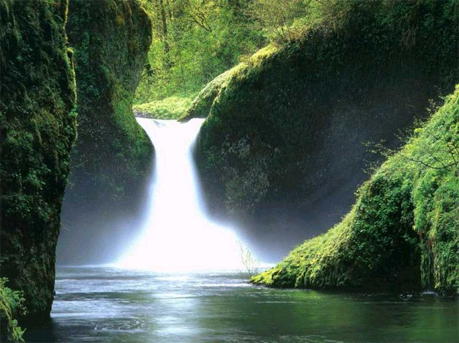 Beautiful Waterfalls and Cascades Screenshot