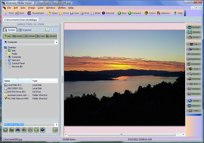 Accessory Media Viewer Screenshot