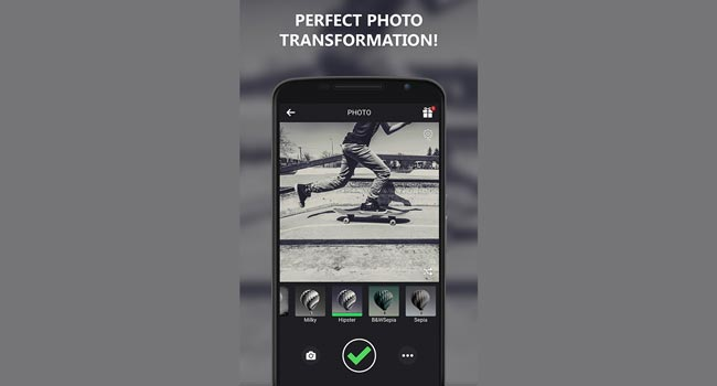 Black and White Camera Screenshot 5